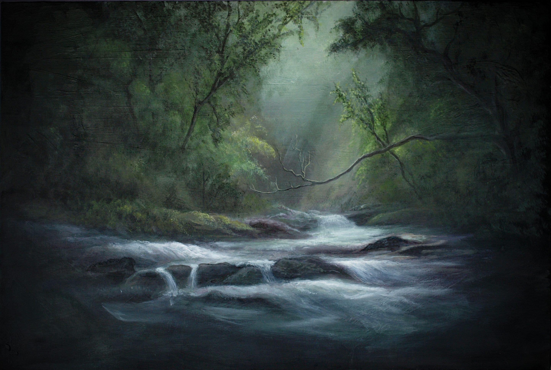 stromende beek in bos