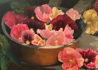 Nelly Cost, Schaal met stokroosbloemen, olieverf op doek 40 x 50 cm